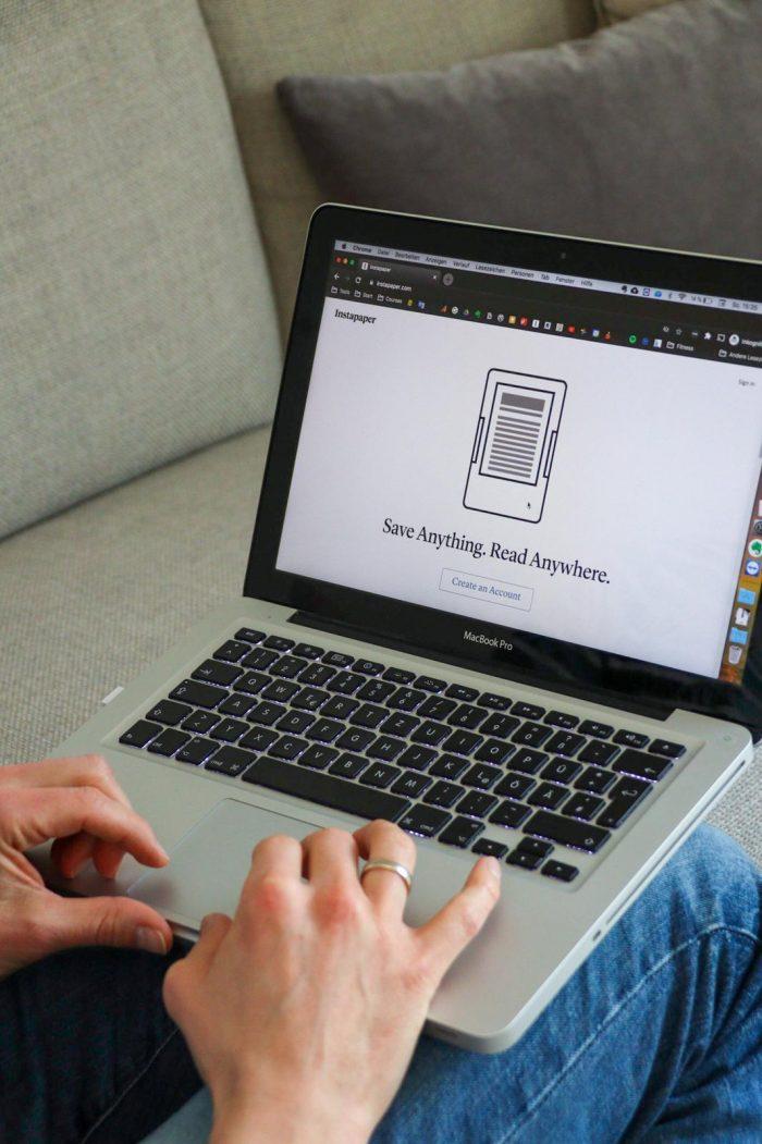 Kadaschi: Read-it-later mit Instapaper am Laptop